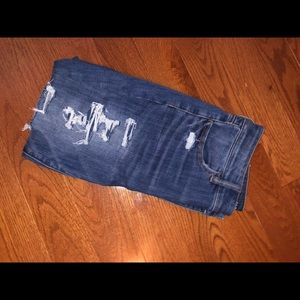 American Eagle Cropped Jeans